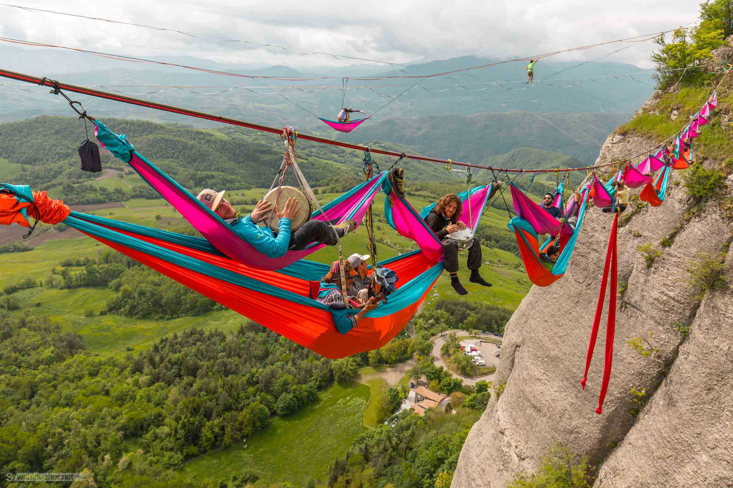 CUSTOM-MADE PARACHUTE HAMMOCKS